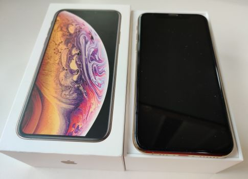 iPhone Xs,64gb,gold, like new