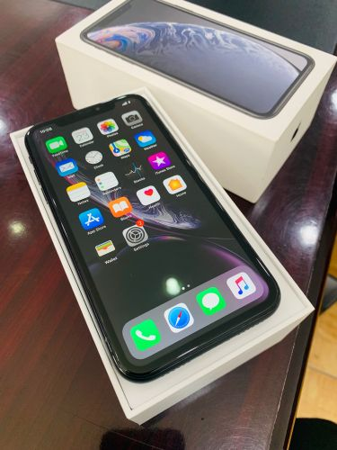 5 Months used iPhone XR 64GB