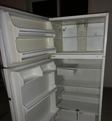 fridge in good condition for sale