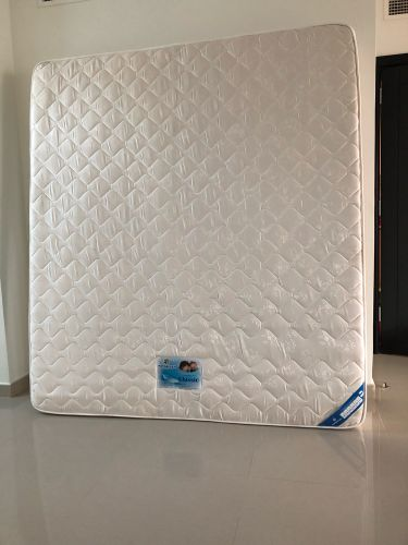 New mattress with base