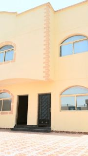 Al Wukair 6 bedroom villa with attach ki