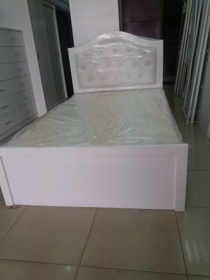 bed and matress sale