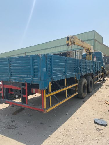 Faw truck with xcmg boom