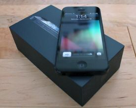 iPhone 5:32 gb new