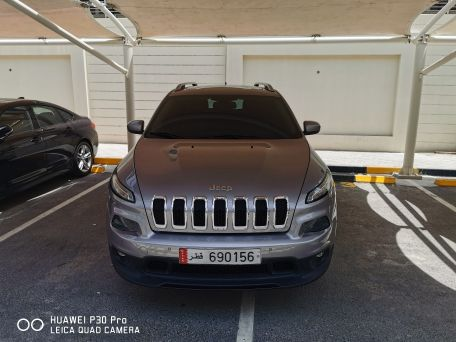 jeep cherokee 2014 perfect condition