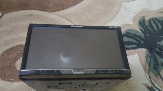 pioneer screen w/out radio.