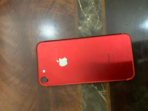 iPhone 7 128GB product red used