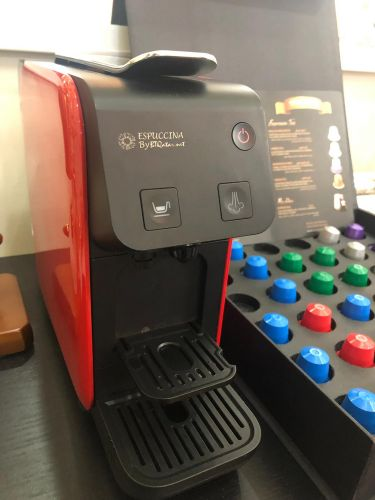 Coffee machine with 36 capsules
