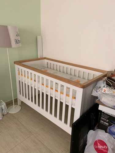 Bed, mattress, changing table