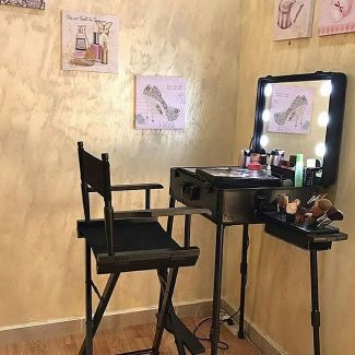 makeup case with Chair set