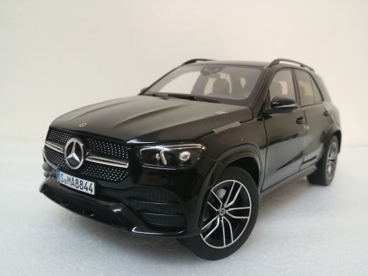 1:18 2019 MB GLE model car