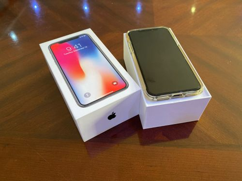 Apple iPhone X 256GB BLACK + Box