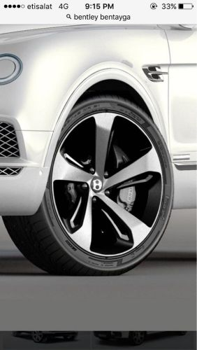 Bentley bentagay wheels size 22