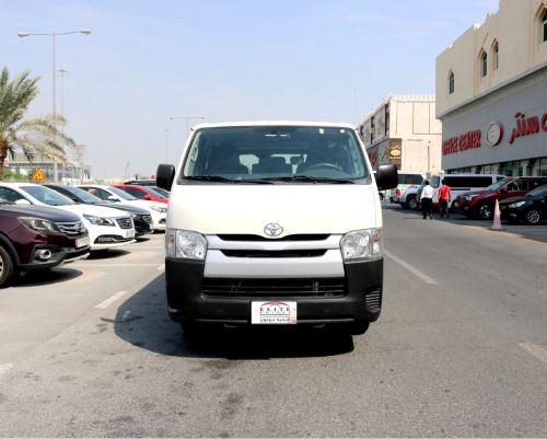Toyota Van 2015 Low mileage