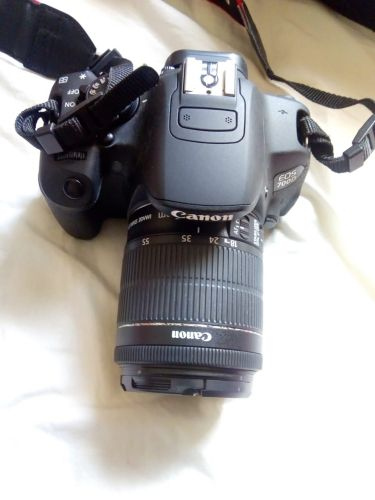 For sale canon 700D