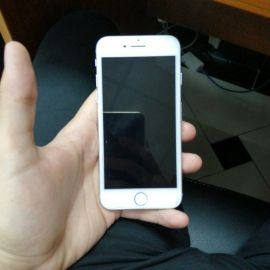 iphone 7 32GB with charger only