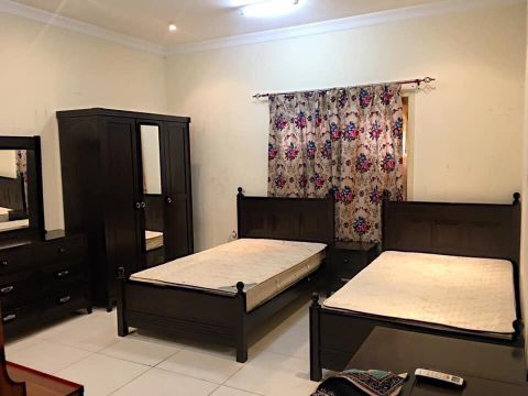 Single Bedroom set 2 Bed sell