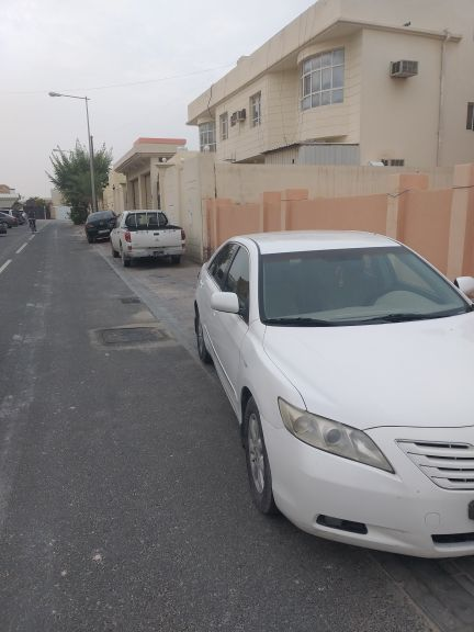only serious buyer - toyota camry 2009