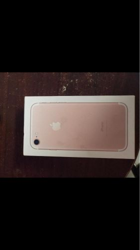 iPhone 7 128 gb perfect condition