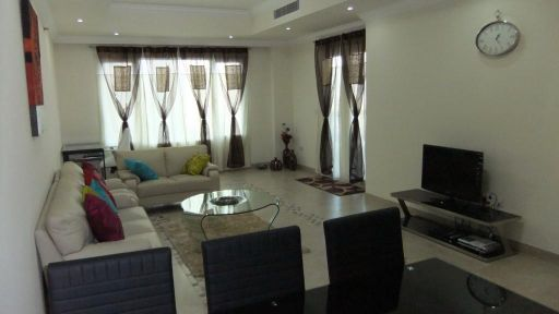 Flat for sale in the pearl