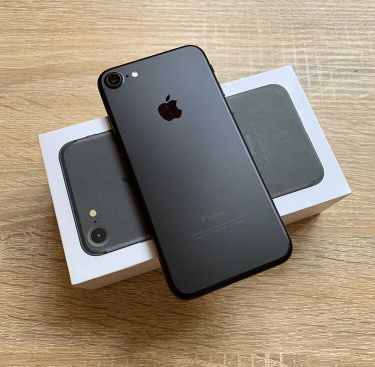iPhone 7:128 gb original