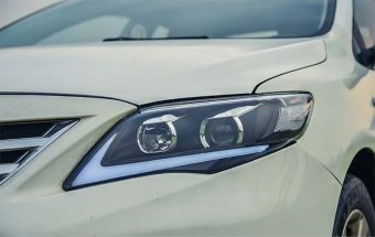 Toyota Corolla Head Lights