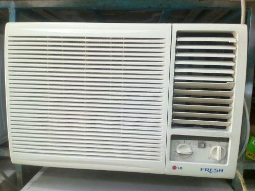 A/C FOR SALE LOW PRICE