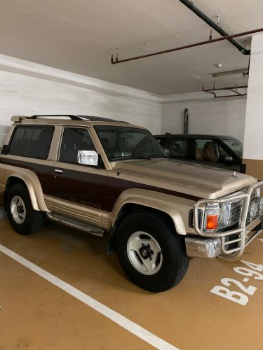 Nissan one door 92