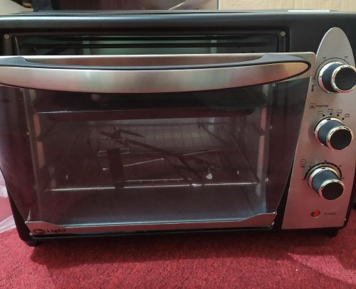 New oven for sale