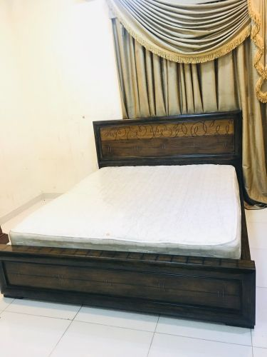 Home centre king size bed for sel