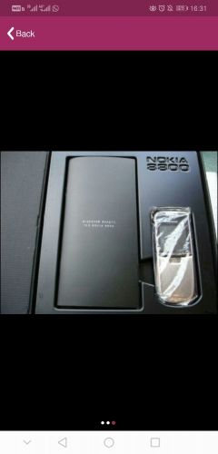 New 8800 Nokia With accessories