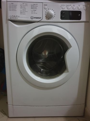 INDESIT washing machine