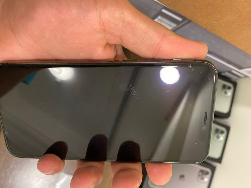 iPhone 11 Pro 64 little scratches