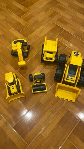 Caterpillar trucks for boys