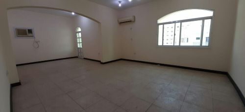 For Rent: 3 BHK in Umm Ghuwalina