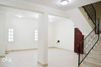 Semifurnished 4Bedrooms villa in