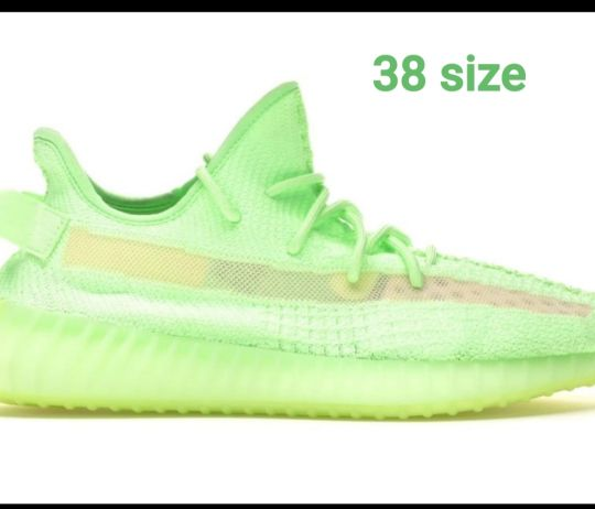 yeezy shoes size 38 onhand