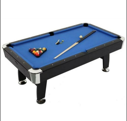 Billiard pool table 7 feet.