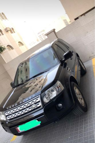 Good condition LR2 for sale