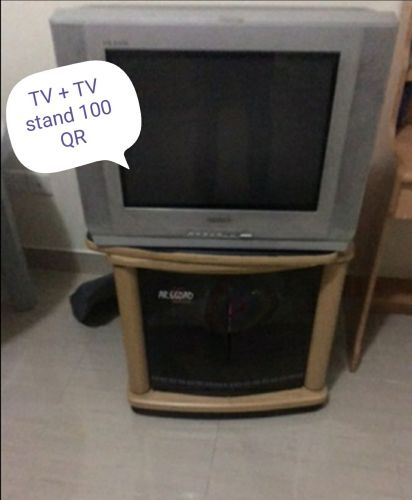 Sumsung tv + tv table