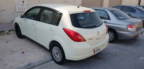 Nissan Tiida Hatchback new istimara Japan