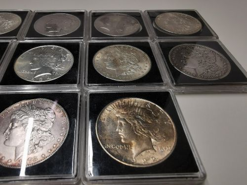 17 peices of pure American silver ventage coins