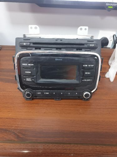 bluetooth and cd mb3  audio syst