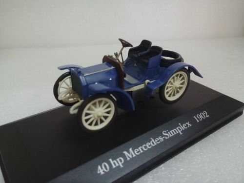 3x 1:43 scale MB model cars