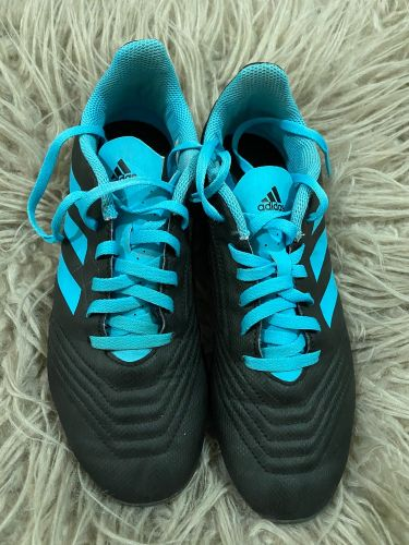 Used Adidas Predator shoes