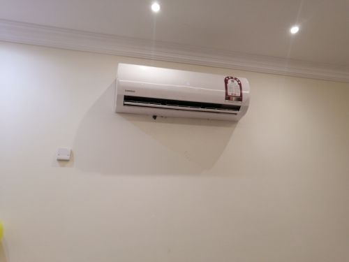 daewoo 1.5 ton split AC used only 11 months, 3