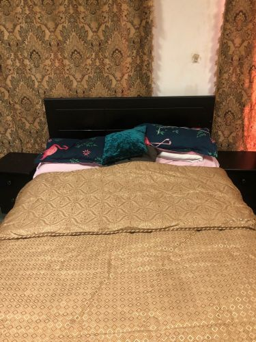 twin sized bed with mattress