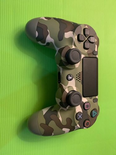 PS4 Controller (whatsapp only)