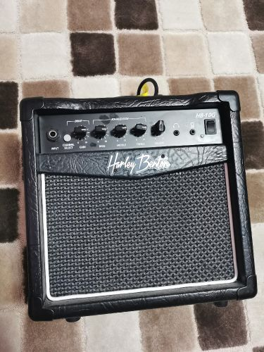 guitar and mic amplifier