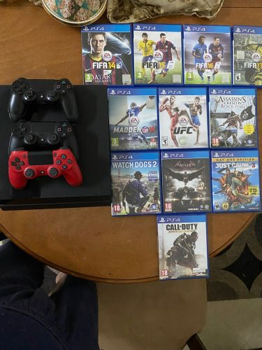 playstation4 with 11 games